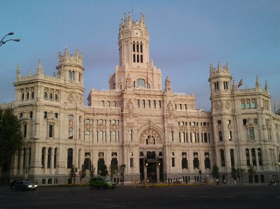 city-hall-madrid-sunset.jpg